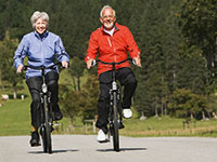 Zapraszamy łódzkich seniorów na wycieczkę rowerową i zajęcia tai chi
